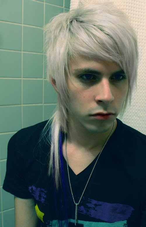 Blonde Emo Hairstyles For Guys 3