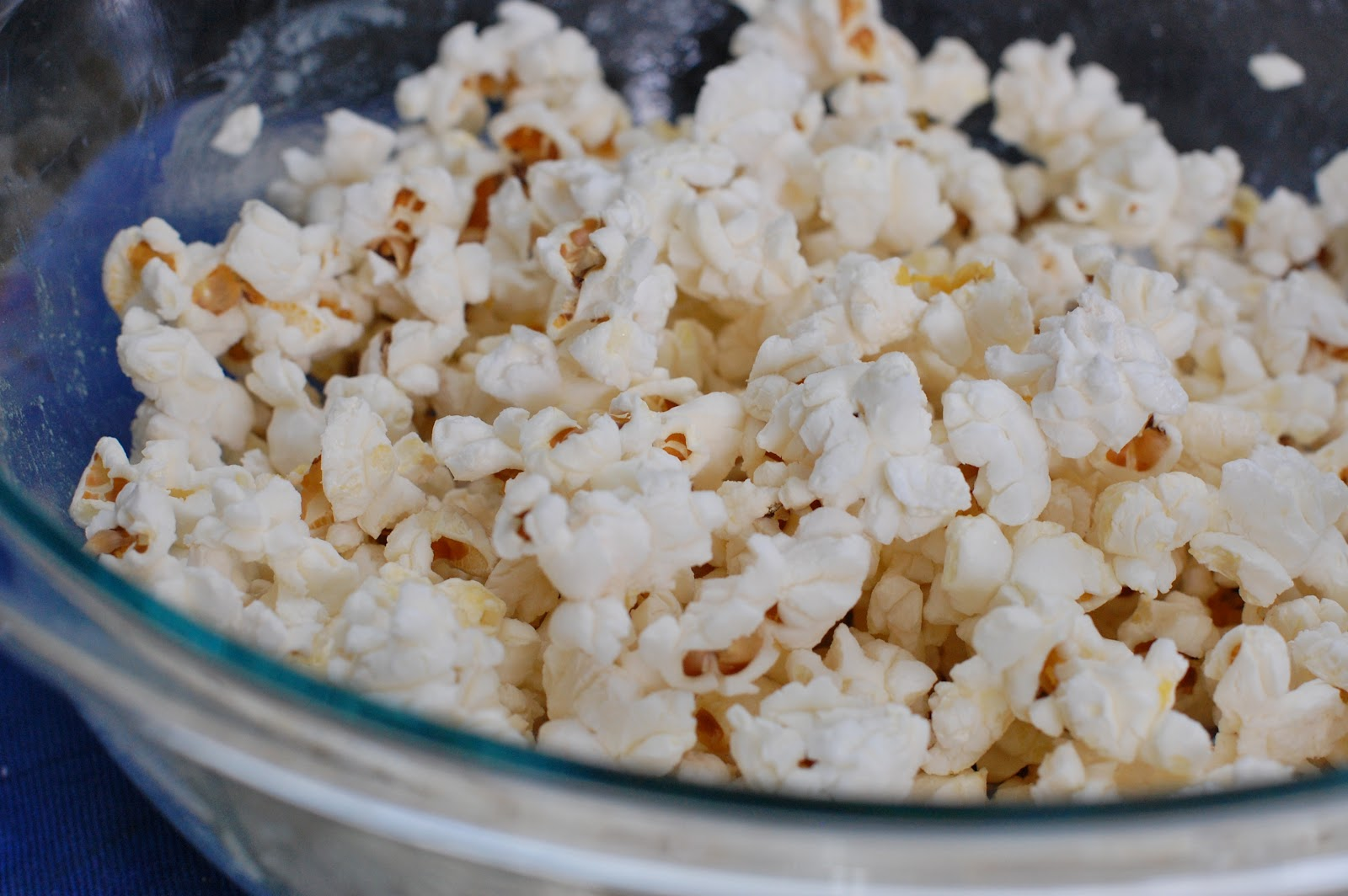 How To Pop Popcorn In Your Microwave