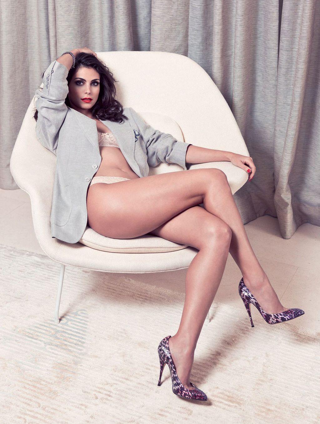 Legs morena baccarin Celebrity Legs