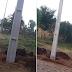 Moradores reclamam de postes colocados em calçada em Laranjeiras