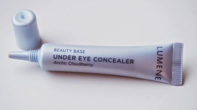 miten peittää todella tummat silmänaluset