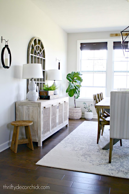 Dining area with cane console