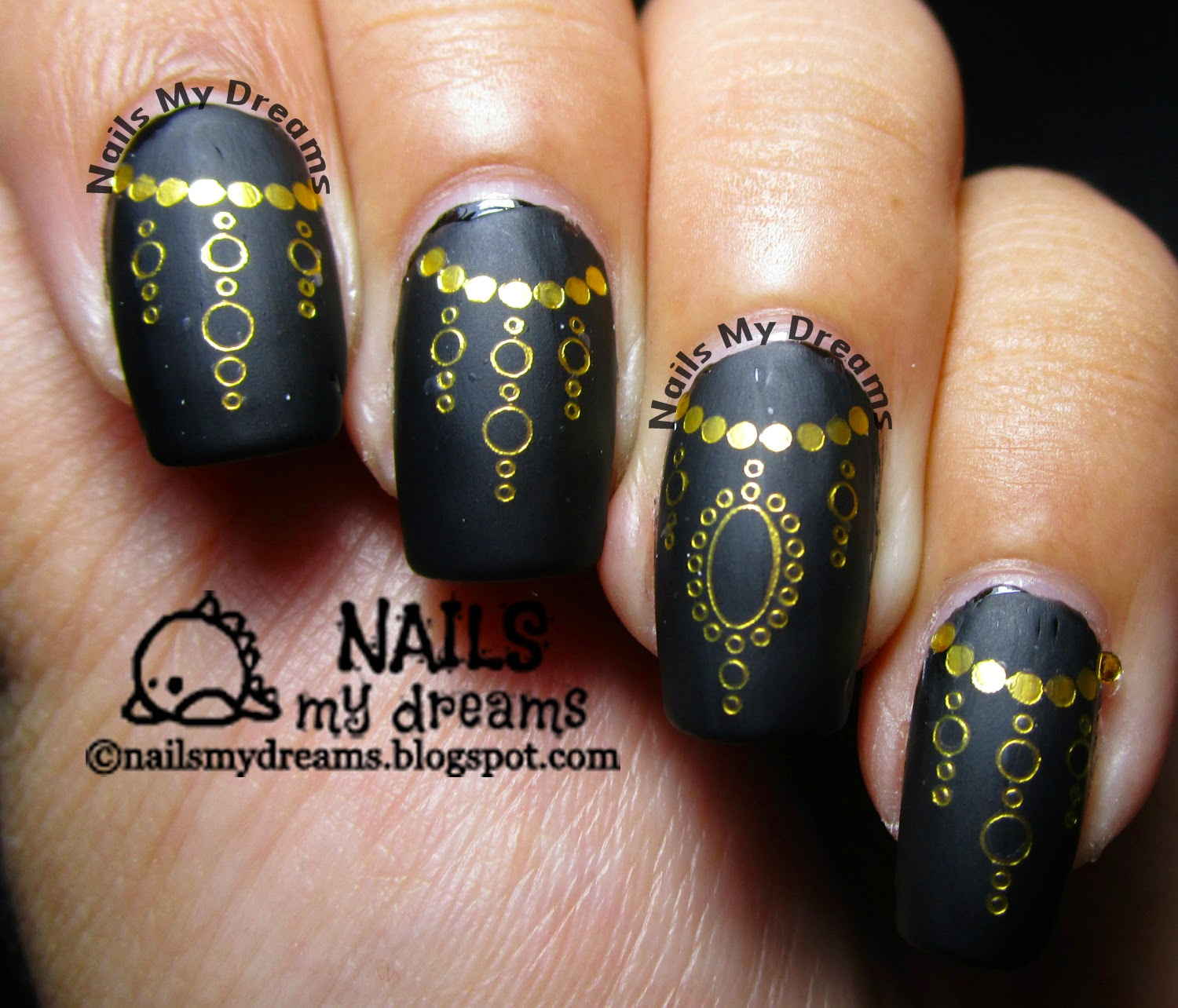 Nails My Dreams: Easy Nail Art Using Gold Water Decals!...