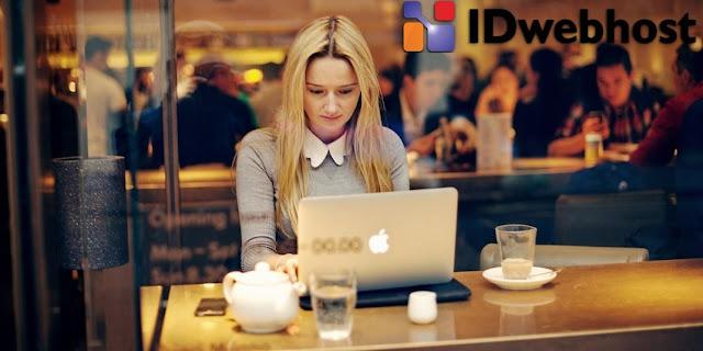 idwebhost domain