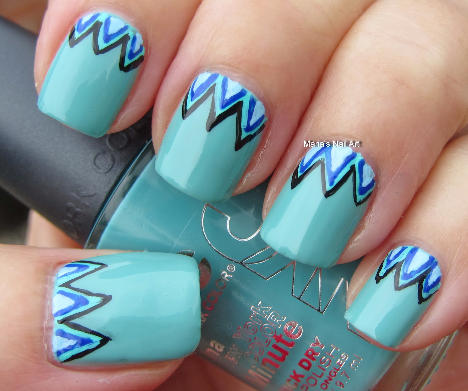 Marias Nail Art And Polish Blog: Zigzag Sweater Nails