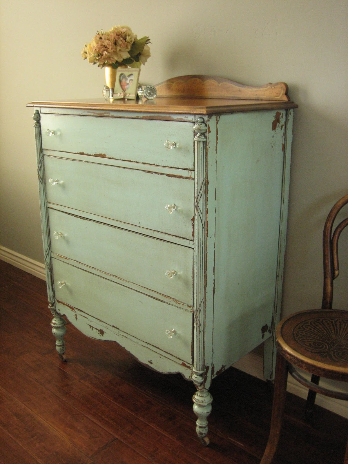 european paint finishes cottage green dresser. Black Bedroom Furniture Sets. Home Design Ideas