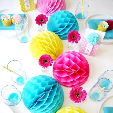 Mother's Day DIY Color Pop Tablescape