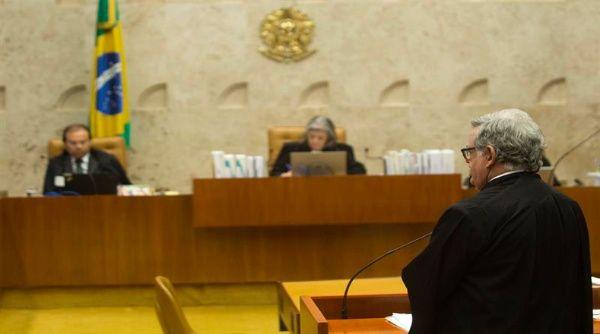 Renuncia abogado defensor de Michel Temer en Brasil