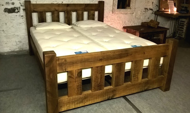 Reclaimed Stockhill Bed