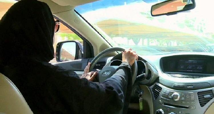 مجلس الشورى السعودي يرفض توصية قيادة المرأة للسيارة