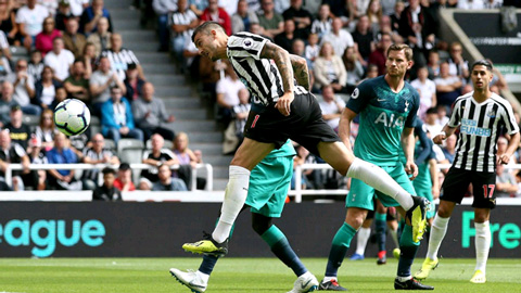 Tottenham có bàn thắng từ rất sớm