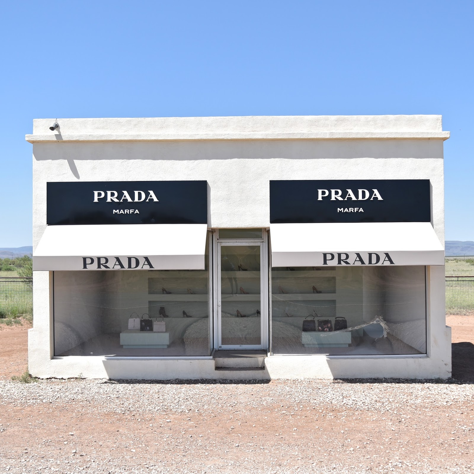 Marfa, Prada