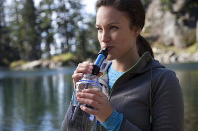 Must Have Backpacking Gadgets - Mini Water Filtration System