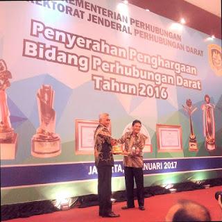 Pemkab Bima Terima Penghargaan Wahana Tata Nugraha 2016