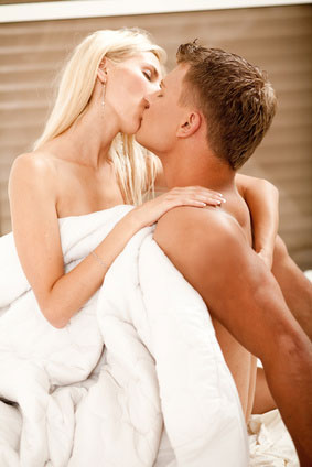 Cách hôn khiến chàng đê mê, say đắm, ham muốn, bị kích thích nhất