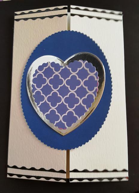 Heart C6 gatefold Cream card - Valentine's Day