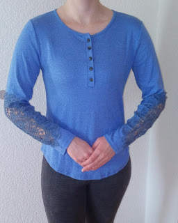 http://www.dresslily.com/lace-buttons-t-shirt-product1700691.html?lkid=461745