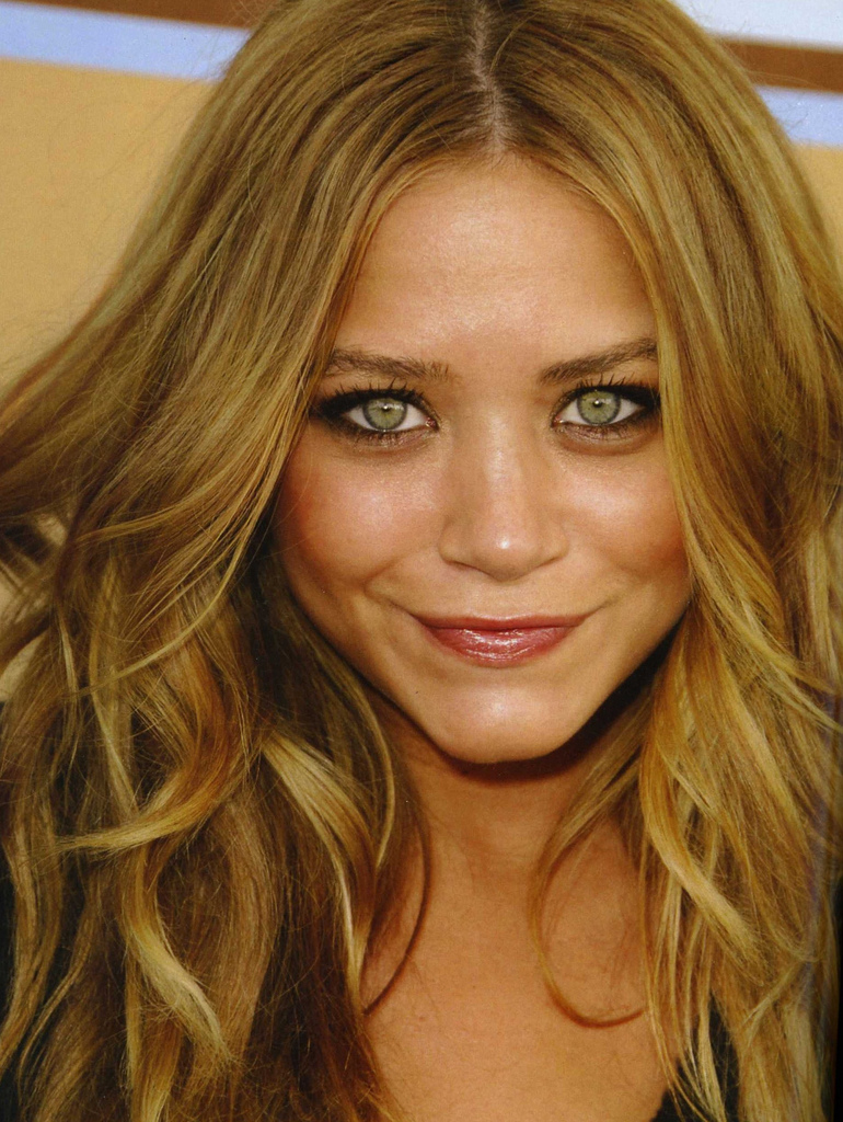Fashion Hairstyles Loves: Best Dark Blonde Hair Color Ideas
