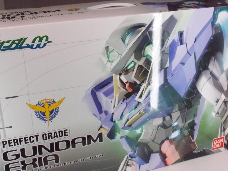 Perfect Grade 1/60 Gundam Exia Content Preview - Gundam ...