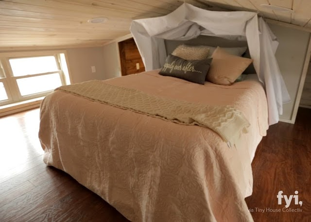 08-Guest-Bedroom-LiL-Lodge-Tiny-Home-with-Great-Design-Features-www-designstack-co
