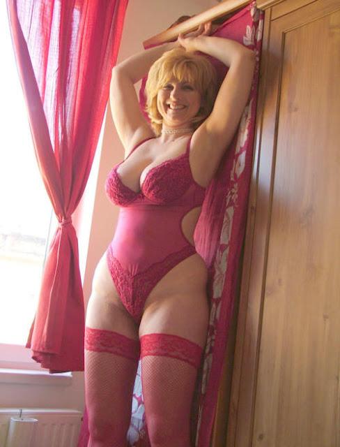 Plus size amateur lingerie wife you
