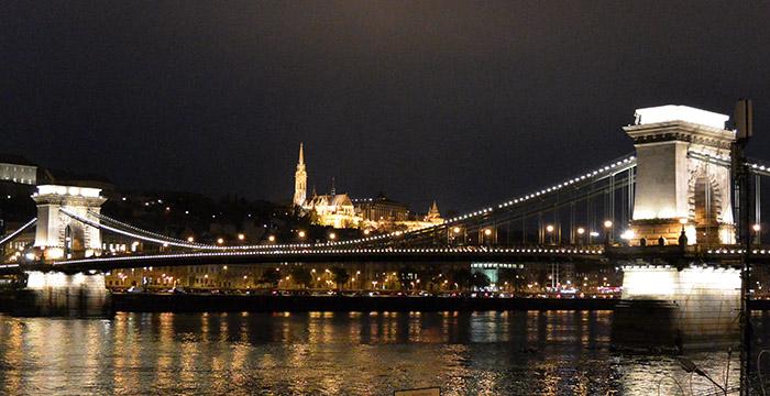 Puente-Budapest-Hungría