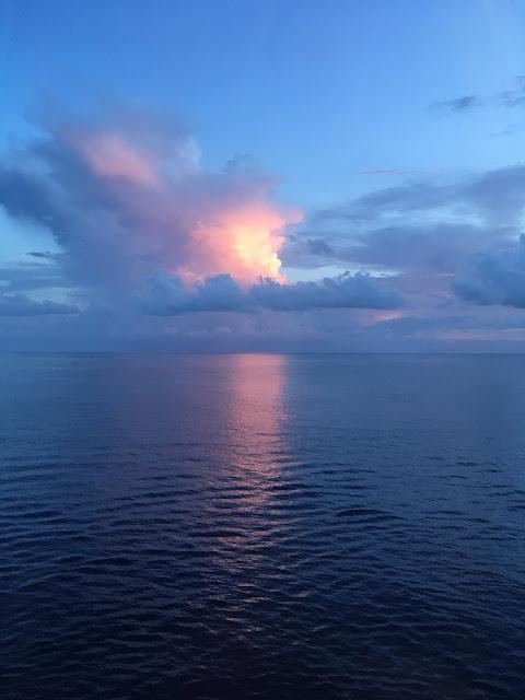 photo,taken by me, Atlantic Ocean, sunset, sunrise, new day, good night, beautiful, colorful, sunshine, blue water, pretty sky, Bahamas