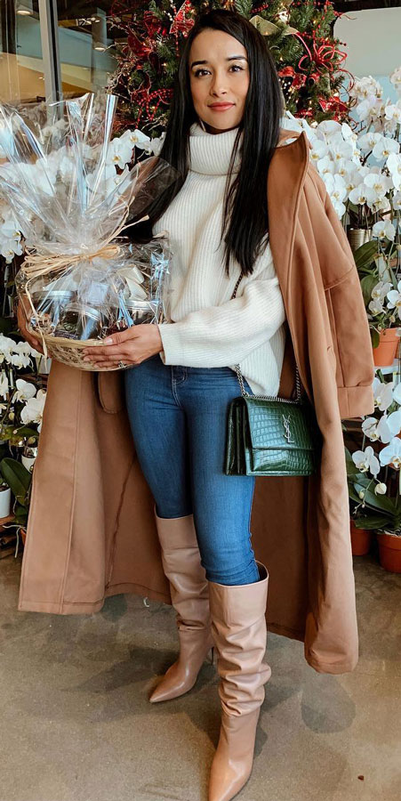 25 Best Extra Nice Winter Outfits to Wear Now.  winter outfits fashion clothing fashion winter pretty winter outfits ootd winter casual winter leggings outfit #casual #casualstyle #casualoutfits #dresses