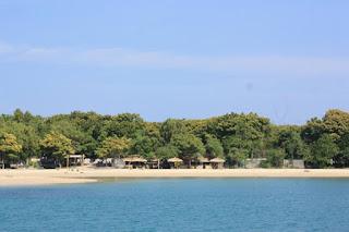Pesona Indahnya Pantai Sembilan Sumenep