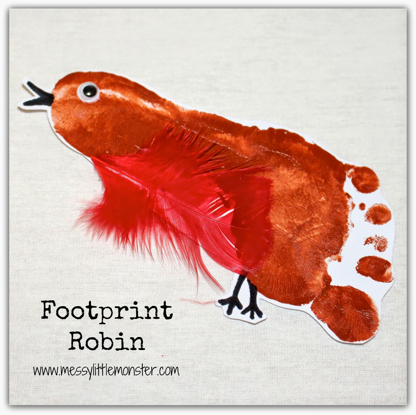Simple footprint robin Christmas craft for toddlers and preschoolers. Makes a great keepsake.