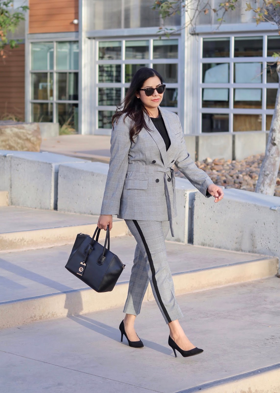 modern women business suit, off the rack suits for women, modern suits for women
