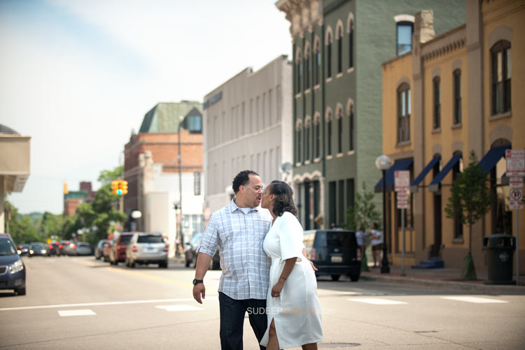 Ann Arbor Downtown Main street Engagement session - Sudeep Studio.com Ann Arbor Photographer