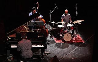 Alex Mercado Trío inaugura el Festival Internacional de Jazz de Durango - México / stereojazz