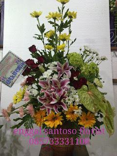 rangkaian buket bunga meja lily