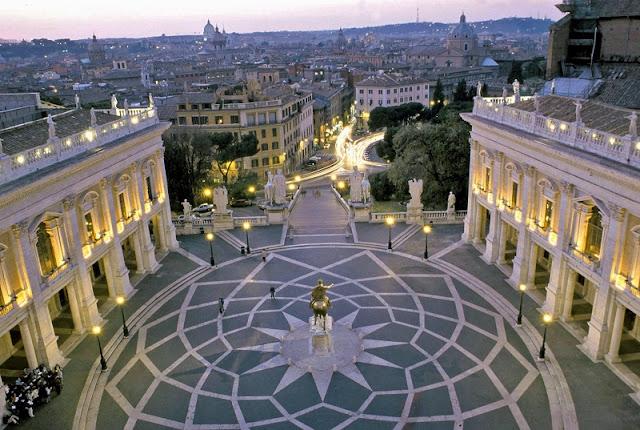 Piazza del Campidoglio no Monte Capitoliano em Roma