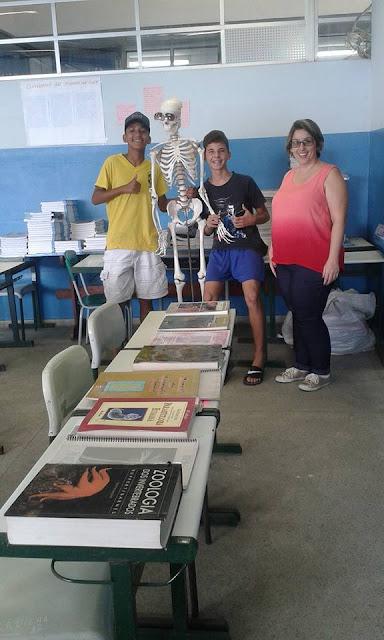 Programa Escola da Família e Grêmio Estudantil da Escola Yolanda promovem Feira de Profissões
