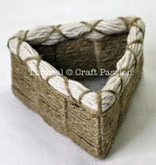http://translate.googleusercontent.com/translate_c?depth=1&hl=es&prev=/search%3Fq%3Dhttp://amigurumei.com/2014/04/21/little-my-from-the-moomins-free-amigurumi-pattern/%26safe%3Doff%26biw%3D1429%26bih%3D995&rurl=translate.google.es&sl=en&u=http://www.craftpassion.com/2011/05/easy-basket-weaving.html&usg=ALkJrhhgoXXgBNfSAoQhGmGFcr5sORZG0Q