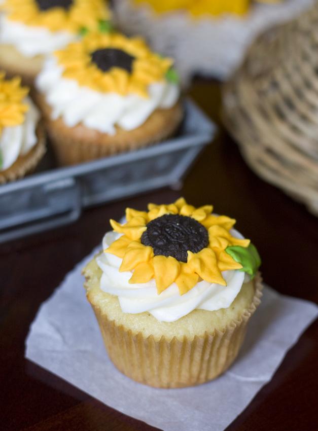 Erica S Sweet Tooth Lemon Sunflower Cupcakes