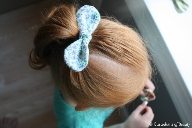 Knotted Bow Barrette | DIY Bows| by CustodiansofBeauty.blogspot.com