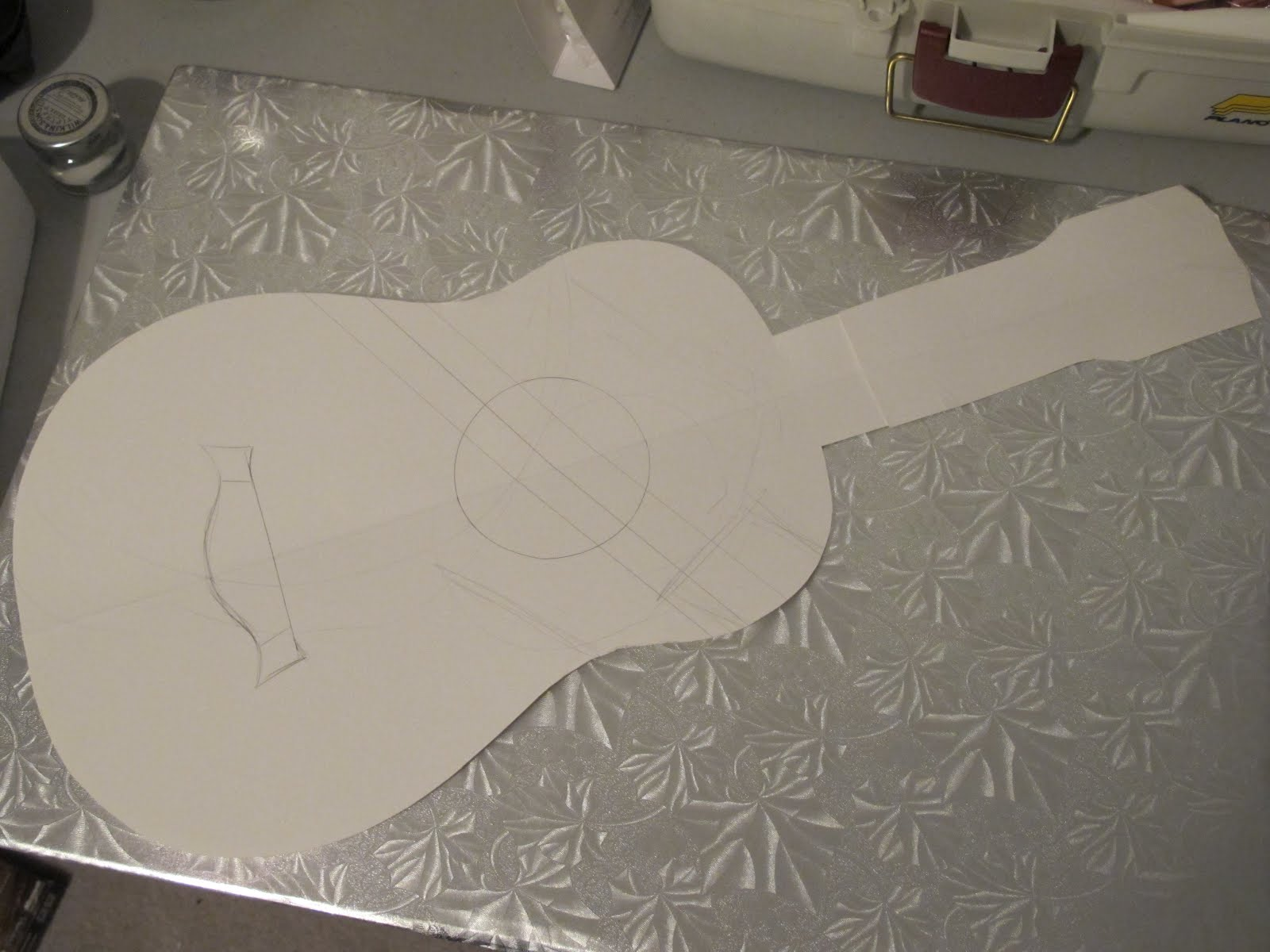Hollands acoustic guitar side templates learn how for Guitar templates for cakes
