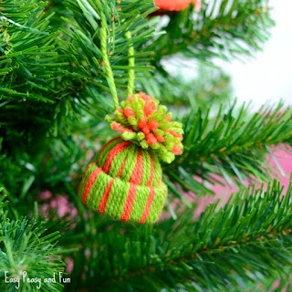 http://www.easypeasyandfun.com/mini-yarn-hats-ornaments/