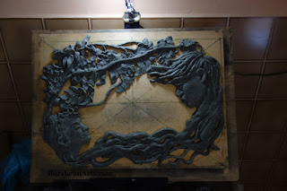 Lighting is important when creating bas-relief sculpture compressed form