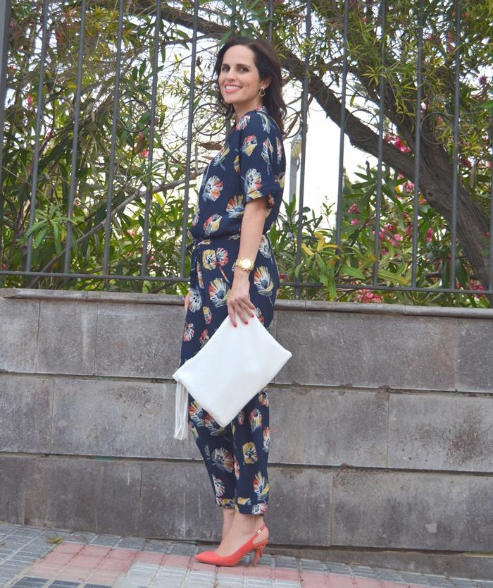 zara-outfit-street-style-mono-flores
