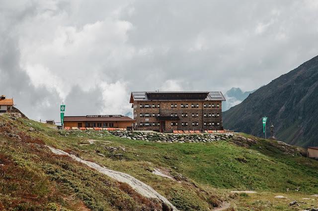 Stubaital - Vom Eisjoch zur Dresdner Hütte Gletscherpfad und Gletscherweg  Wanderung-Stubaital  Wandern-Tirol 15