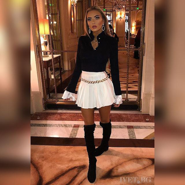 Γυναικείο μαύρο και άσπρο σύνολο PRITI - Μακρυμάνικο πουκάμισο, Κοντή φούστα