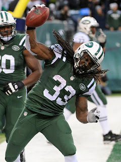 http://static.nfl.com/static/content/public/pg-photo/2013/12/08/0ap2000000294267/raiders-jets-football-chris-ivory_pg_600.jpg