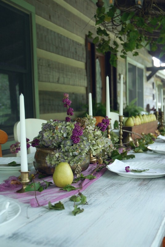 Fall_Tablescape_Outdoor_pears_sugarmold_purple_beautyberry_dried_hydrangeas_brass