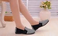 Sepatu Kets Wanita TBP16
