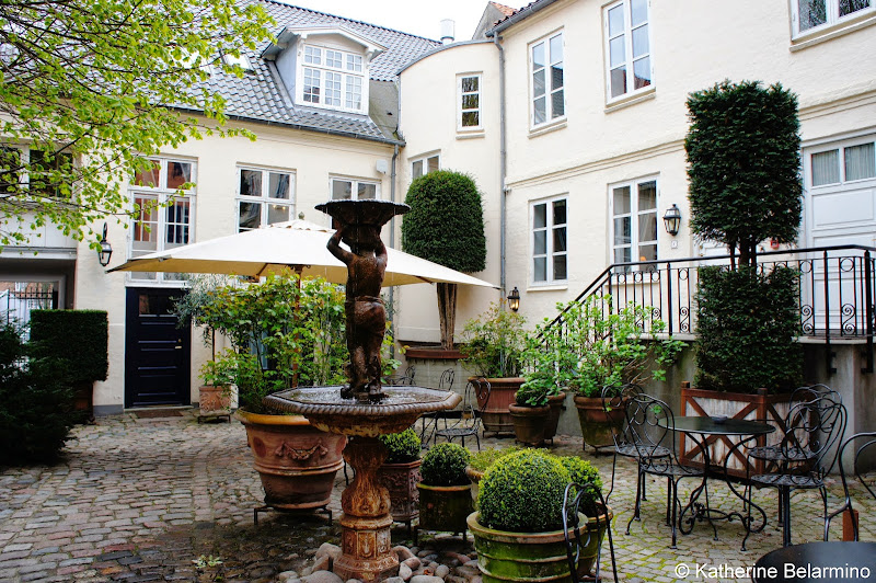 Villa Provence Courtyard Aarhus Hotel Denmark
