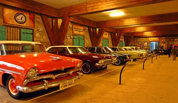 Koleksi Mobil Museum Angkut